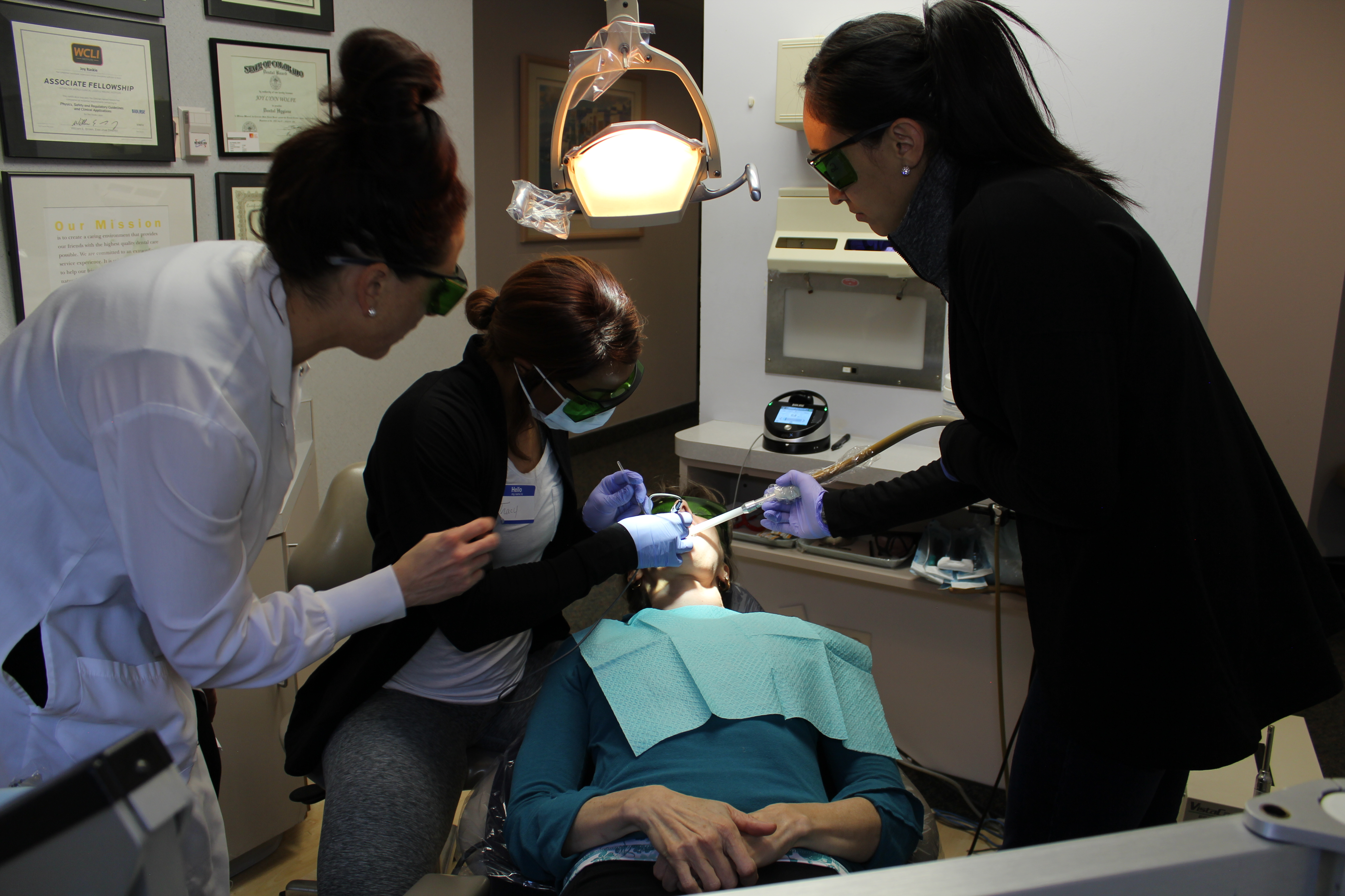 Dental Hygienist Course in Chicago, San Diego, Los Angeles
